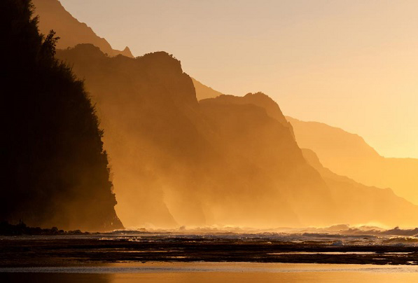 Beautiful Kauai ocean photo.
